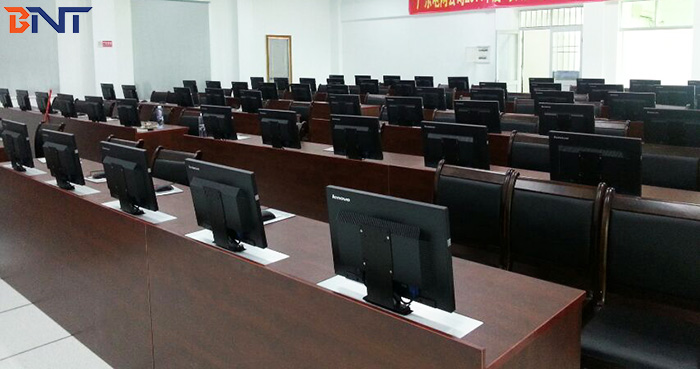 60PCS monitor lifts use for driving theory knowledge test in Zhongshan