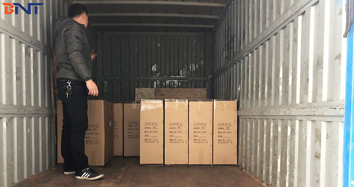 2018-12-24 shipment---finish loading 12CBM cargoes to southeast Asia country