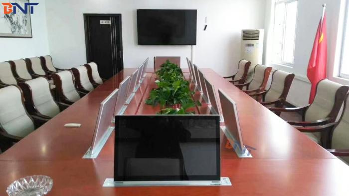 14PCS ultra thin 21.5 inch lcd monitor lift for IT solution company in Shenzhen, China