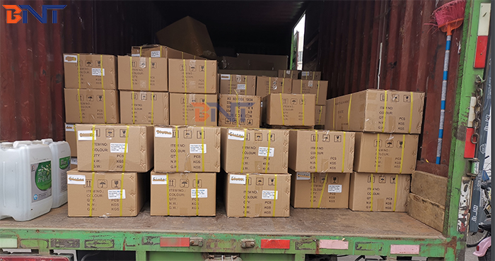 On May 20, 2020, Boente Technology  Co., Ltd. shipped 7000 projector hangers to Europe